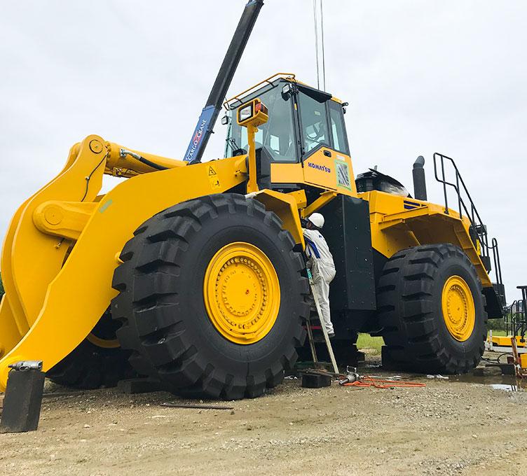 建設機械の事ならお任せ下さい!小型から大型まで取り扱いしております